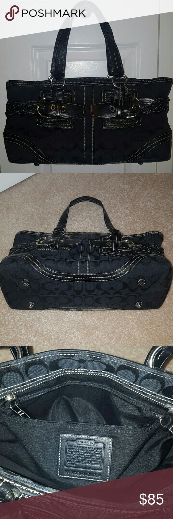 """Coach bag Bag in very good condition,  black ,size  14""""/8""""/5.5"""" .smoke and pet free home Coach Bags"""