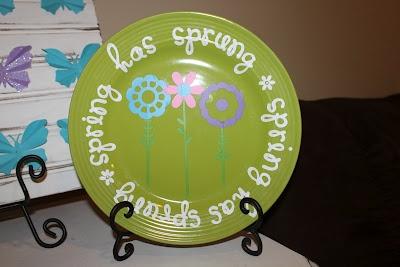 Keeping it Simple: Spring Vinyl Decor