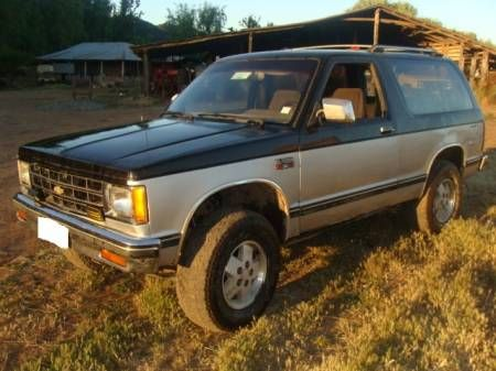 1984 S10 Blazer 4x4 - traded in my EXP for one of these in black over red
