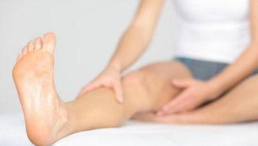 Vous souffrez de jambes lourdes, surtout en été? Nos 6 solutions simples pour y remédier http://www.ma-grande-taille.com/vous-souffrez-des-jambes-lourdes-6-astuces-pour-les-chouchouter-63434