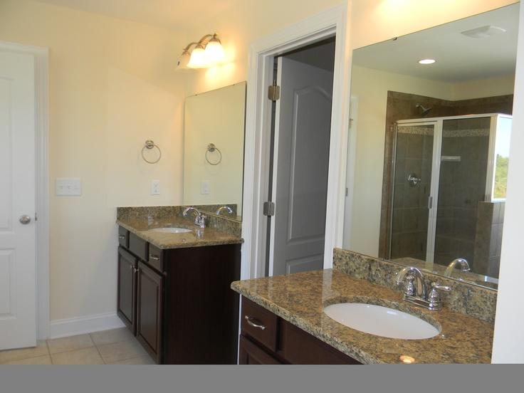 Owner 39 S Bath Dual Vanities Essex Ebuilt Newhomebuilder New Home Charlotte Northcarolina