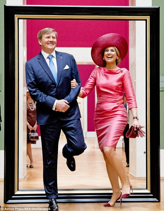 You be Ernie, I'll be Eric...with a jig the Dutch royals stepped through the frame, much to the hilarity of those gathered