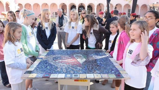 Friendship mosaic created by Englewood, Florida students recognizing the twinning of Mérida and Sarasota that now is permanently displayed in Bayfront Park in Sarasota