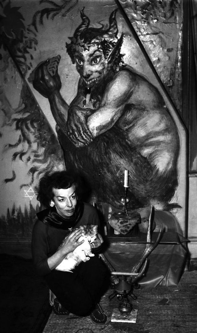 Artist Rosaleen Norton known as the Witch of Kings Cross. Photo taken on 30 January 1950.  SMH NEWS Picture by STAFF