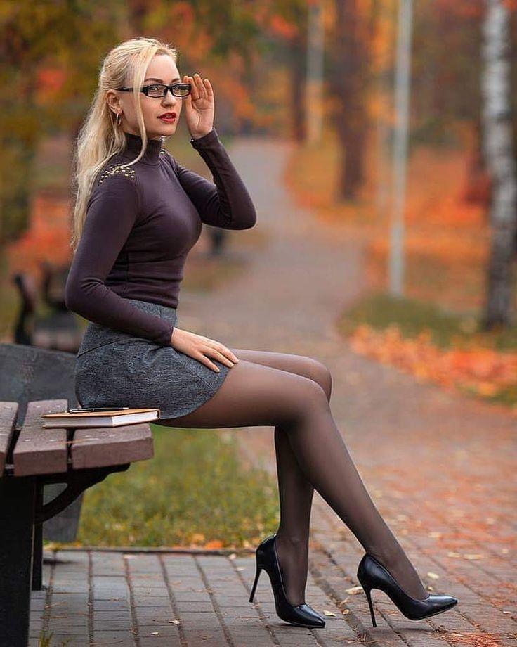 legs-high-heels-pantyhose