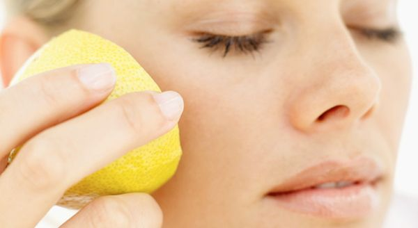 Beauty Uses for Lemons - Ways to Use Lemons and Lemon Juice in Your Beauty Routine