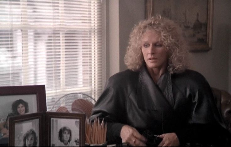 Monochrome fashion of Fatal Attraction - Glenn Close's black leather coat