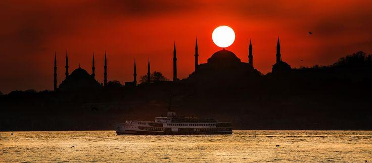 King Crown... by Samet Güler on 500px