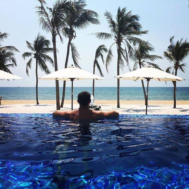 Les 25 meilleures id es concernant piscine des dauphins for Comparateur d4hotel