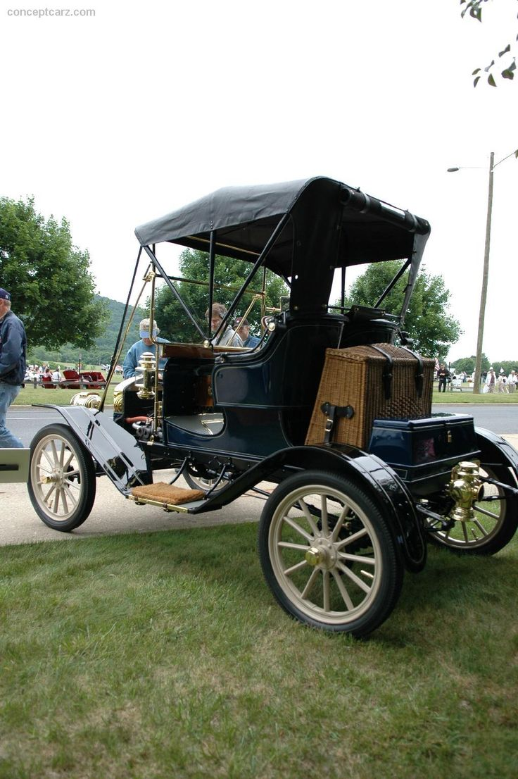 266 best Horseless Carriage images on Pinterest | Old school cars ...