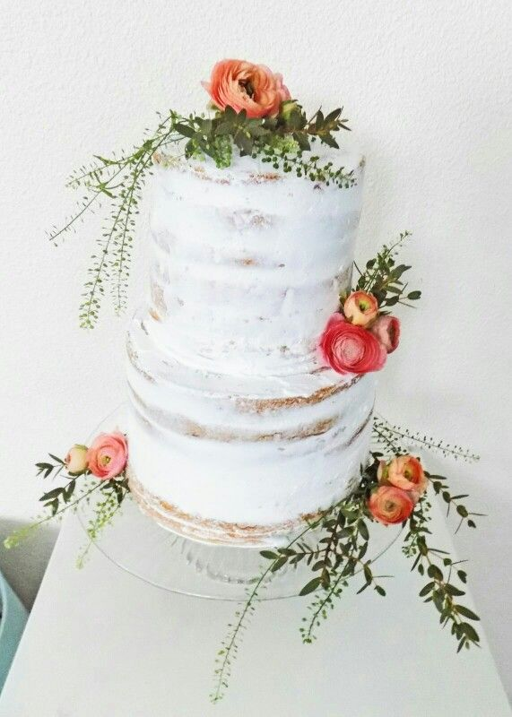 Bruidstaart , naked cake , semi naked wedding cake , flowers