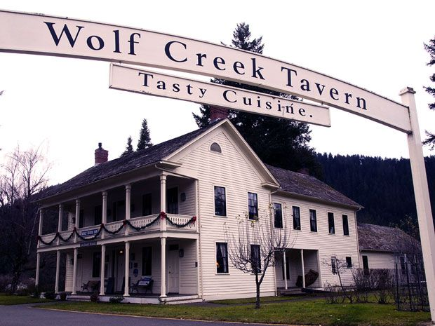 This stately Oregon inn is home to the ghosts of stagecoach drivers, dead celebs, and one sinister creature. Spend the night at Wolf Creek Inn.