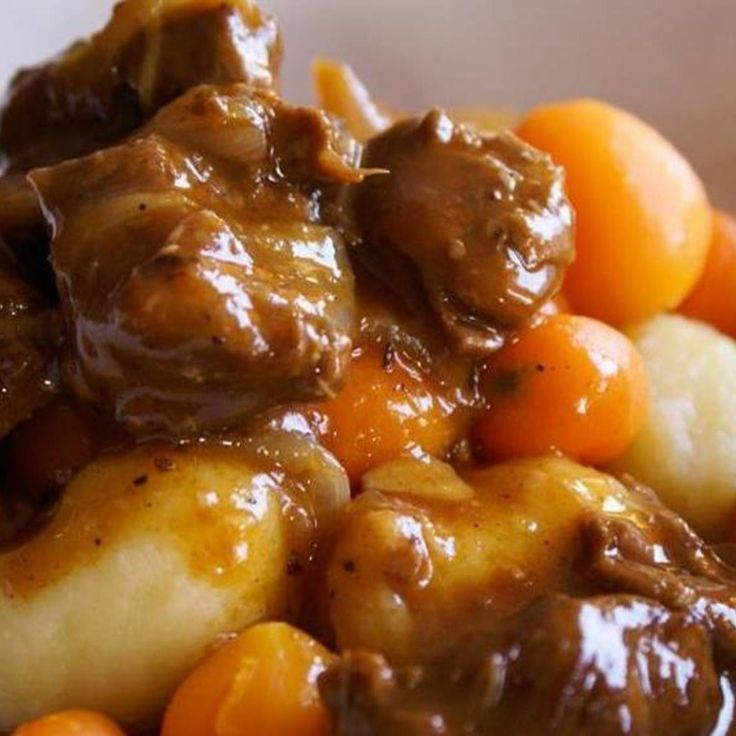 (Lunch / Dinner Special) Slow Cooker Beef Stew