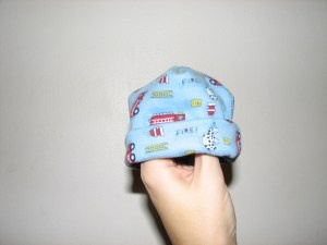 Preemie baby hat tutorial ~ I will have to pick up some soft, girlie fleece to make Miss Violet a couple of these!