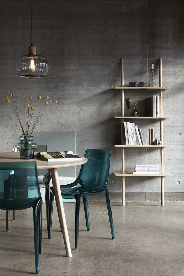 Display your personal style with your choice of furniture. Our spring style focuses on mixing materials - wood, marble and concrete - and a new take on our oak collection.