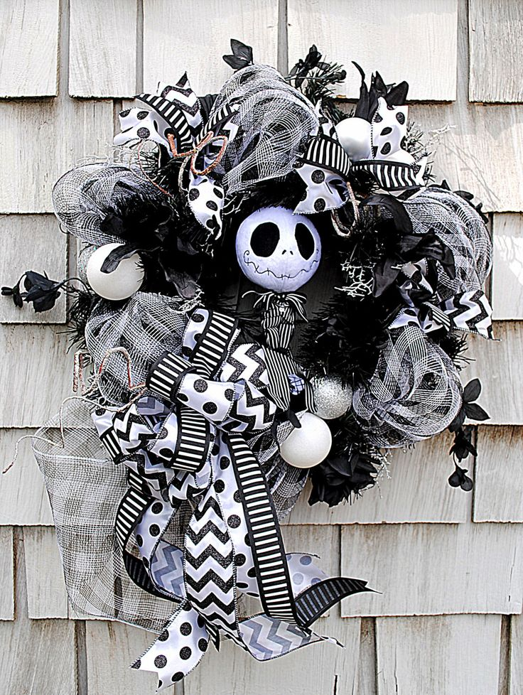 17 best ideas about jack skellington pumpkin on pinterest - Jack skellington decorations halloween ...