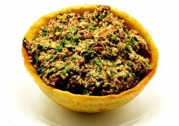 Great Lobio with Walnut in Mchadi bowl (+Photo Gallery)