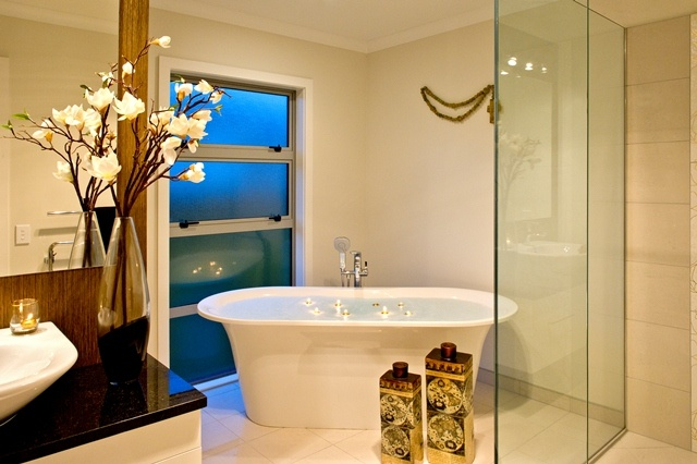 A touch of luxury. Free standing bathtub with its own shower rose. Bliss.