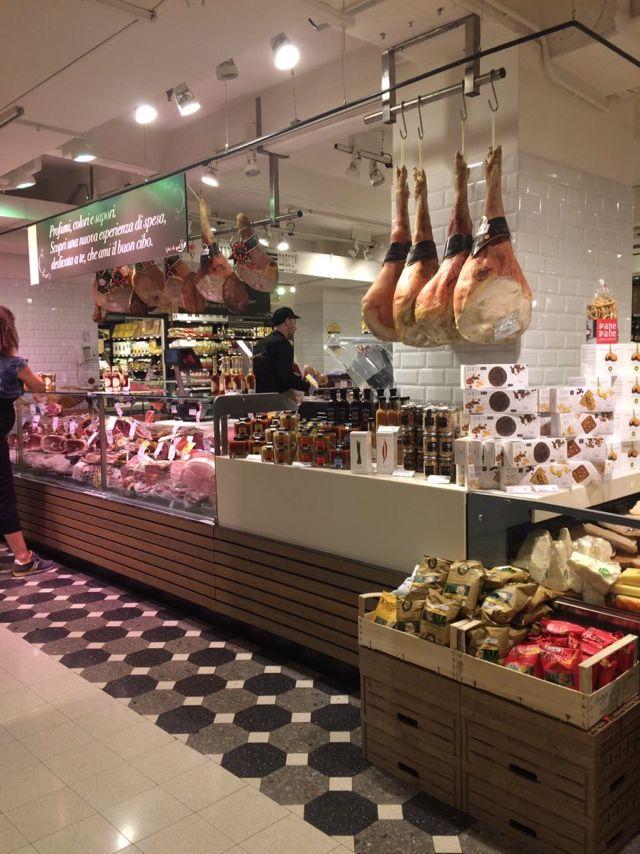 Shop Design: Grocery Decor & Visual