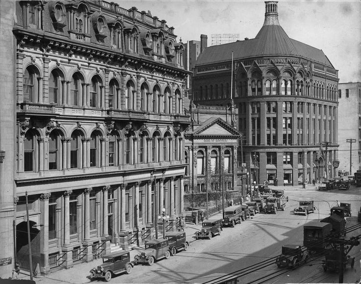 Toronto Then and Now: # 44 ~ Old Banks of Toronto, Then and Now, Part One