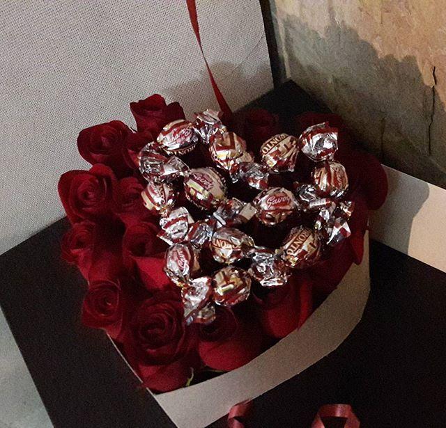 ⚘caja de rosas⚘ #goodnight #like #rosas  #bna #lecheria #love