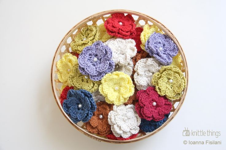 knittle things crochet flower cotton brooches