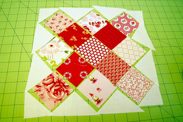 granny setting triangles by traceyjay, via Flickr tutorial: Traceyjay Quilts, Quilting Ideas, Setting Triangles, Quilting Tutorials, Quilt Ideas, Quilts Sewing, Granny Squares, Quilt Tutorials, Granny Setting