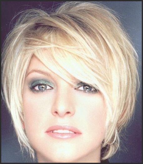 Kurze Haare wachsen lassen? Siehe hier 10 tolle Übergangsfrisuren ... #Frisuren #HairStyles