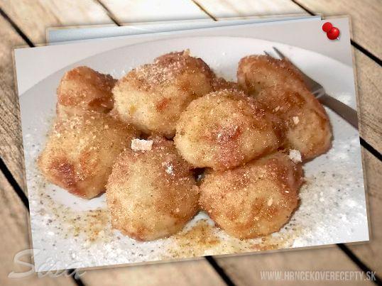 Jablkovo krupicové guľky. #recepty # krupicovegulky #jablkovegulky #struhanka #maslo