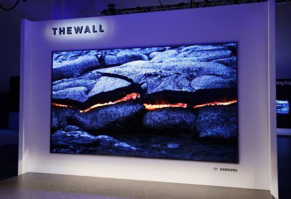 Samsung S The Wall Luxury Is A 292 Inch 8k Modular Tv Samsung