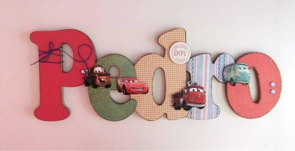 Nome em MDF, decorado em papel de scrap.  Pode ser utilizado para decorar quarto, porta de maternidade e festa infantil.  Fazemos no tema e nas cores desejadas R$ 61,00