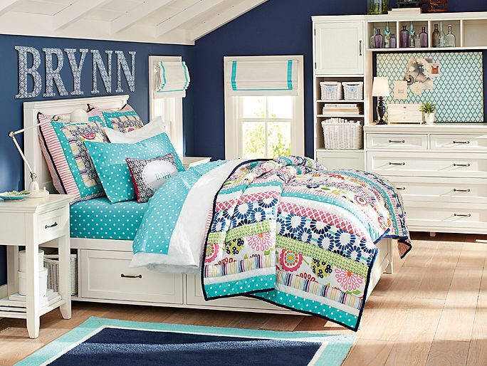 Pbteen hampton seaside floral bedroom on for Pottery barn teen paint colors
