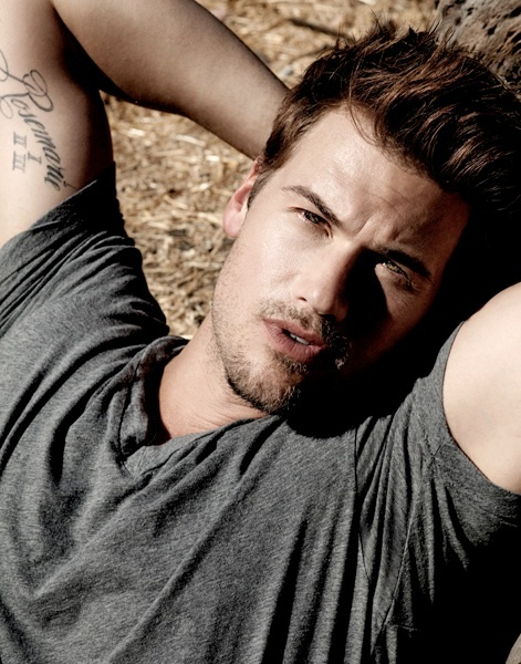 I used to watch What I Like About You because Nick Zano was in it ❤️