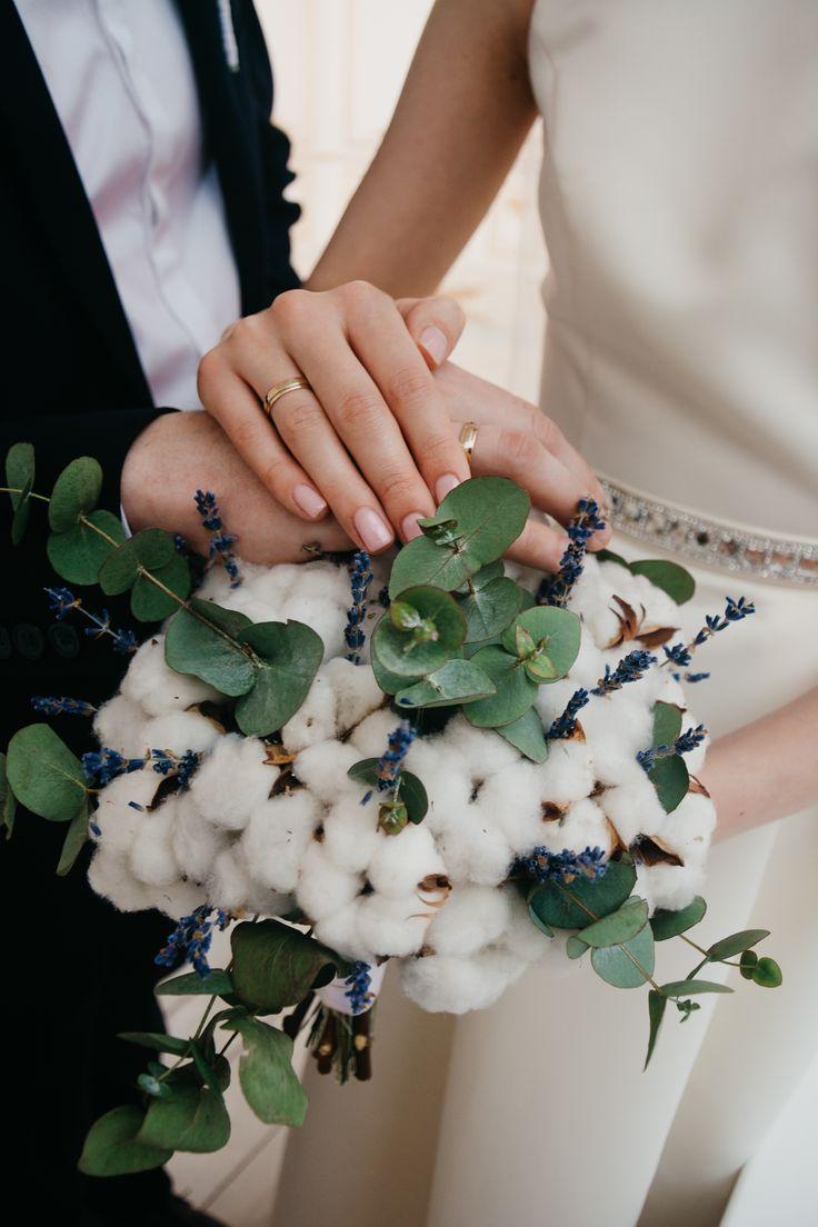 Bouquet mariée fleur de coton eucalyptus mariage thème hiver neige
