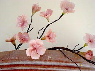 Ζάχαρη λουλούδια Δημιουργίες-Nicky Λαμπρινού: VIDEO Ανθη Κερασιάς απο Ζαχαρόπαστα- Gumpaste Κερασιές