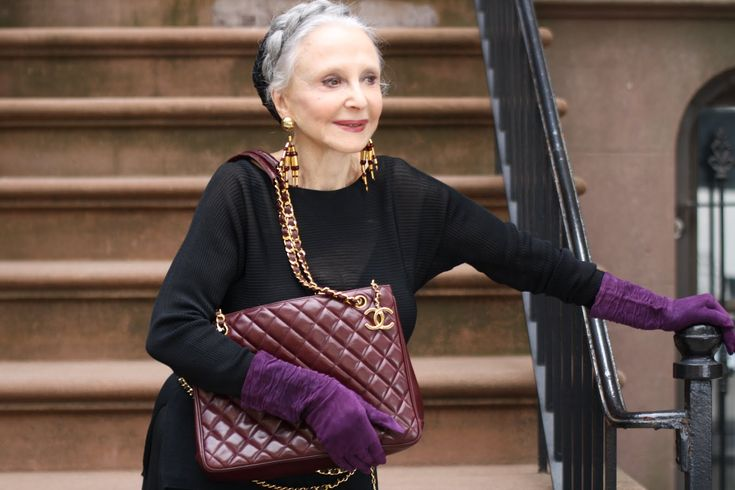 """""""The Real Secret is Being in Love With life and Realizing What you Have."""": Ageless Beautiful, Documentaries Advanced, Advanced Style, Age Beautiful, Real Secret, Ageless Style, Ageless Fashion, Be In Love, Beautiful Things"""