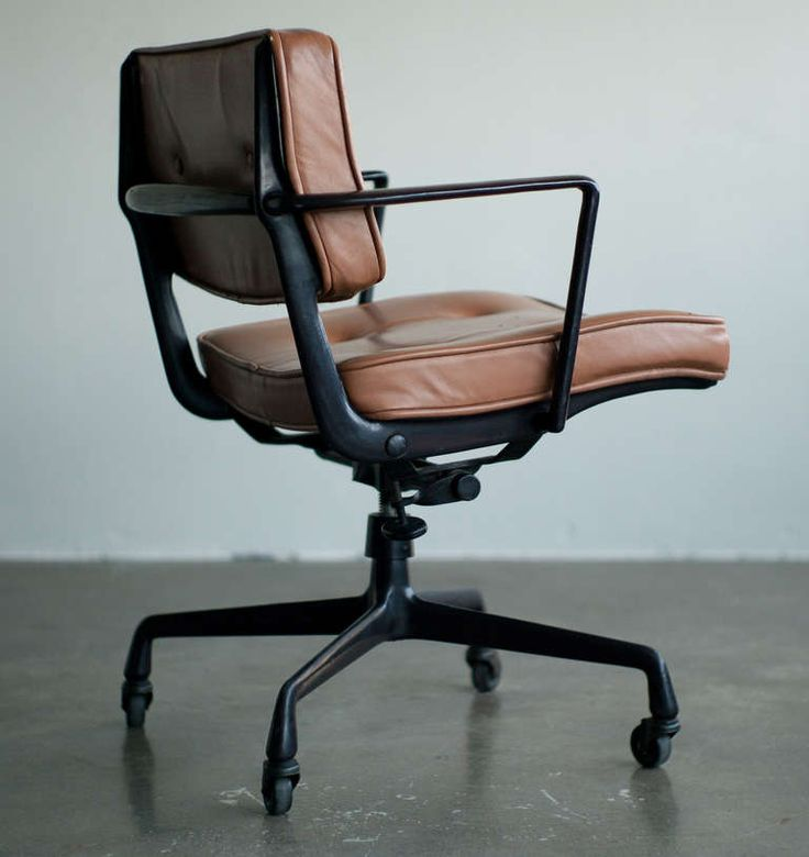 Rare Charles & Ray Eames for Herman Miller Intermediate Desk Chair image 2