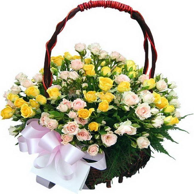 Букет в корзине цветы 31 шт. Композиция Корзина из желтых и кремовых кустовых Роз 50 см. (Израиль)