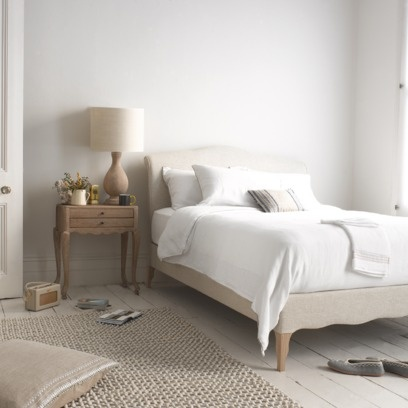 FRENCHIE The fully upholstered version of our very popular Coco, this bed is slightly more contemporary in feel. Solid oak legs and a good night's kip included.