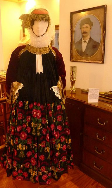 Foustana, the bridal costume from Skopelos. An example of Western influence on Greek attire. Consists of four under-dresses topped by a long, sleeveless outer dress that has embroidery and crystal pleats. [http://www.europeana.eu/portal/record/08540/_popup_php_photo_id_2523_lang_gr.html; http://www.melt.gr/en/collection/the-collection/costumes-components] @ The Folklore Museum of Skopelos [http://www.skopelos.net/culture/museum.htm]