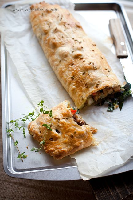 in-my-mouth:  Thanksgiving Vegetarian Wellington with Fennel Braised Seitan, Thyme Roasted Mushrooms and Kale