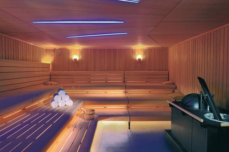 Prim Spa y Klafs, con su dilatada experiencia en Spas y espacios Wellness, continúan en constante desarrollo, para ofrecer la más avanzada tecnología y los productos más novedosos, con la mayor calidad del mercado. Los característicos baños de sauna se practican en cuartos de madera, tanto sus paredes como los asientos se construyen de este material. Un factor muy importante a la hora de elegir una sauna, es escoger una buena madera, siendo el elemento que aísla la sauna y mantiene calor…