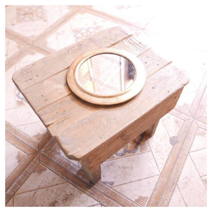 Découvrez prochainement nos miroirs entièrement réalisés à la main par nos artisans marocains • Discover soon our mirrors, totally handcrafted by our Moroccan artisans  #morocco #travel #instatravel #discover #berber #artisan #miroir #mirror #unique #handmade #artisanatmarocain #craftsmanship #artisan #traditional #decoration #home #bohemian #boho #leica #kinhobo