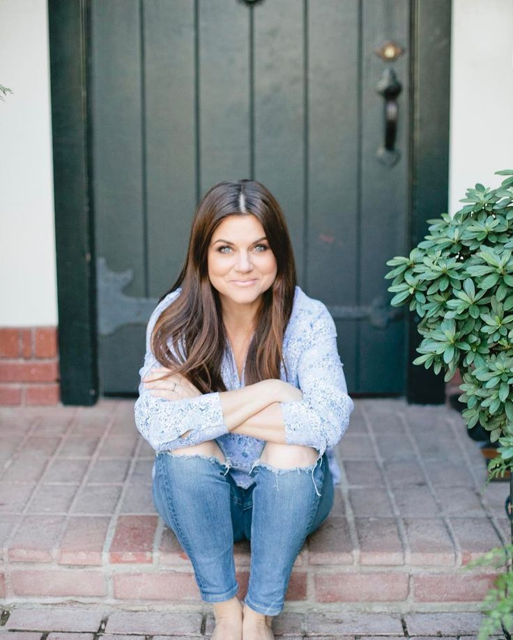 Hair ~ Tiffani Thiessen ~ Instagram
