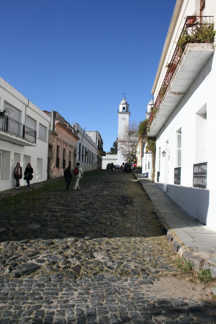 Colonia del sacramento su casco antiguo el barrio for Oficina del casco antiguo