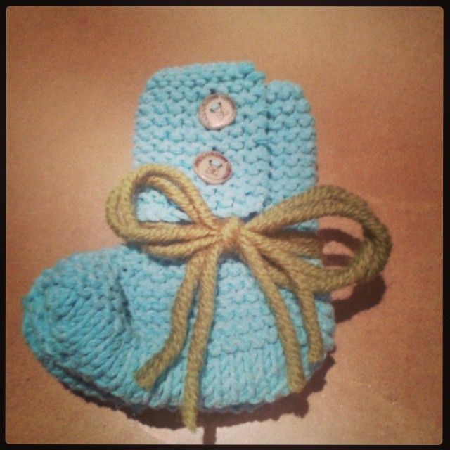 My new favourite pattern, this time for mum to give to baby Samuel - born a premmie at 28wks.