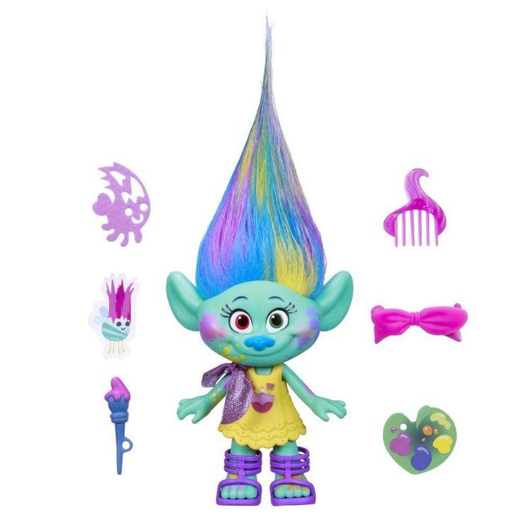 Симпатичные тролли – новые герои компании DreamWorks. Совместно с Hasbro были разработаны игрушки по мультфильму, который вышел на российские экраны 27 октября. Малышка Харпер обладает задорным характером, а ее любимое занятие – рисование. Именно поэтому её лицо измазано краской, а из рук она никогда не выпускает кисточку. Фигурка тролля одета в милое платье, на ножках красуются аккуратные туфельки. В комплекте есть гребешок, который помогает ухаживать за волосами Харпер.
