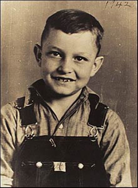 "John R. ""Johnny"" Cash (2/26/32-9/12/03) was born in Kingsland, Arkansas, the son of Ray Cash & Carrie Cloveree (née Rivers). In March 1935, when Cash was 3, the family settled in Dyess, AR. He started working in cotton fields at age 5. Cash began playing guitar & writing songs at the age of 12. Considered one of the most influential musicians of the 20th century, he earned the rare honor of induction in the Country Music Hall of Fame, the Rock & Roll Hall of Fame & the Gospel Music Hall of…"
