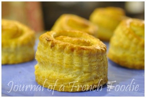 I had never made vols au vent cases until I read a post from Helene of Superkitchenmachine where she explains all the step-by-steps to achieve those delicious puff pastries. Up to then, I was buyin...