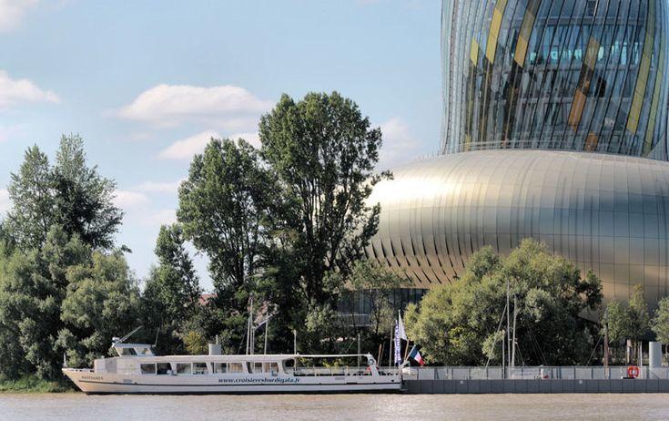 Croisière d'une rive à l'autre: du Ponton d'Honneur à la Cité du vin - Bordeaux Tourisme et Congrès